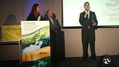 TV Asa Branca recebe prêmio da 11ª edição do Prêmio Abracopel de Jornalismo - Reportagem foi exibida no ABTV 2ª Edição no dia 25 de julho e abordou os cuidados com choque elétrico.