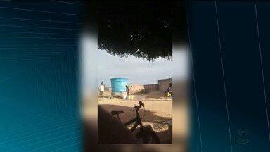 Vereador é flagrado mandando derramar água de reservatório na Paraíba - Caso aconteceu no município de Itaporanga