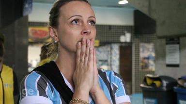 Mais de 55 mil torcedores levam Grêmio à vitória na Arena - Veja a reportagem.