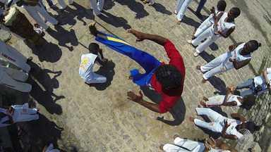 JM encerra edição com homenagem ao Dia Municipal do Capoeirista - Veja o clipe.