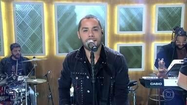 Jammil canta 'Na Real' - Música está na trilha sonora da novela 'O Outro Lado do Paraíso'