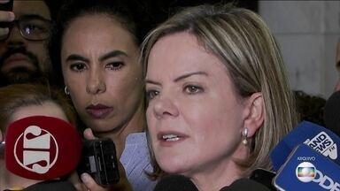 Raquel Dodge pede que o Supremo condene Gleisi Hoffmann a pagar R$ 4 milhões por danos - Ação investiga pagamento de R$ 1 milhão, em propina, para a campanha de Gleisi ao Senado, em 2010.