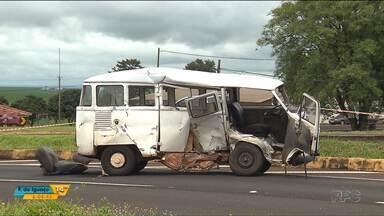 Uma pessoa morreu e duas ficaram feridas em um acidente na PR-317 - Foi em Floresta, na região de Maringá.