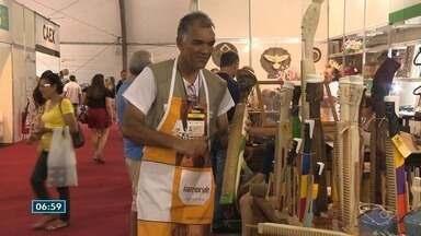 Feira de artesanato em Vitória valoriza a cultura e a economia do Espírito Santo - A feira é uma oportunidade de negócios para centenas de artesãos.