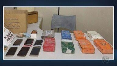 Dois homens são presos por tráfico de drogas em Passos, MG - Dois homens são presos por tráfico de drogas em Passos, MG