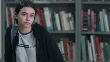 Dogão e K1 discutem na biblioteca - Ela fica brava quando Dogão pergunta se ela está tensa porque brigou com o namorado