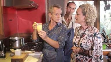 'Conversa na Cozinha' traz os chefes Carlos Uanini e Jeff Somaio, e a editora Branca Pires - 'Conversa na Cozinha' traz os chefes Carlos Uanini e Jeff Somaio, e a editora Branca Pires