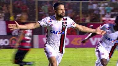 Melhores momentos: Vitória 1 x 2 Flamengo pela 38ª rodada do Brasileirão 2017 - Melhores momentos: Vitória 1 x 2 Flamengo pela 38ª rodada do Brasileirão 2017