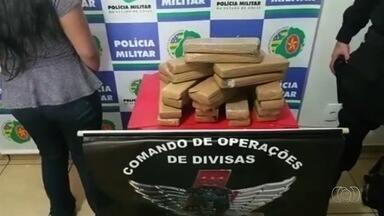 Adolescente é apreendida com droga dentro de ônibus em Cachoeira Alta - Apreensão foi feita pelo Comando de Operações de Divisas.