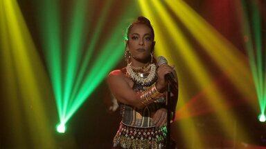 Samantha Canta Reggae