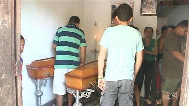 Dor e comoção marca velório de crianças vítimas de acidente no Maranhão - Microônibus trazia um grupo de moradores de Bacabeira para um passeio na praia Araçagy, em São José de Ribamar, na Região Metropolitana de São Luis.