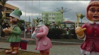 Cenário de Natal é alvo de vândalos em Peruíbe - Peças, inauguradas na semana passada, foram danificadas.