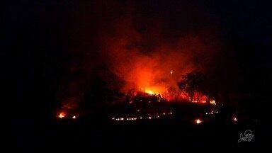 Limpeza de terrenos com fogo contribui para aumento de queimadas - Outras informações no g1.com.br/ce