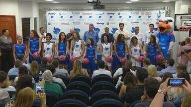 Equipe feminina de basquete de Campinas é apresentada oficialmente - A estreia do time será em 14 de janeiro, contra o Ituano, no Ginásio Ponte Preta Palmeiras.