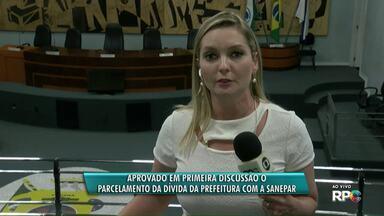 É aprovado em primeira discussão o parcelamento da dívida da prefeitura com a Sanepar - O projeto permite que o parcelamento da dívida de 33 milhões de reais seja feito em 10 anos.