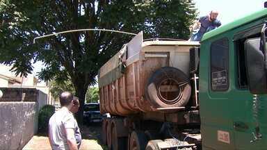 Caminhão com placas de Guaíra transportava cerca de 200 quilos de cocaína - A droga foi apreendida na região de Londrina.