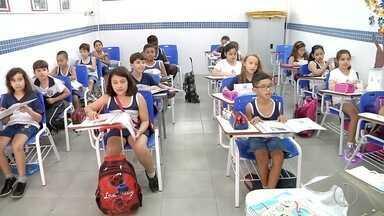 Mensalidades de escolas particulares devem ter aumento de até 10% em 2018 - Fim de ano é época de renovação de matrículas e é importante tentar negociar com as escolas para que os reajustes não pesem tanto no bolso.