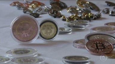 Bitcoin estreia na Bolsa de Chicago - A moeda virtual começa a ser negociada no maior palco do mercado financeiro.