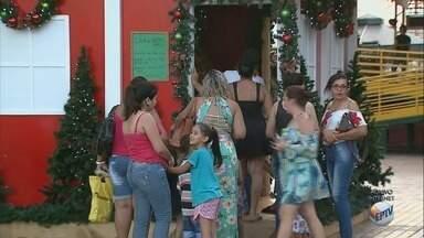 Comércio de Sertãozinho, SP, estende horário de atendimento para compras de fim de ano - Lojas do Centro abrem das 9h às 22h durante a semana. Aos sábados, funcionam até 18h.