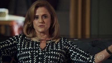 Sophia garante que venderá mais convites para a festa beneficente - Vilã quer se tornar a Embaixatriz da Infância do Tocantins