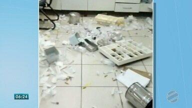 Paciente causa confusão em UPA de Campo Grande - Ela chegou reclamando de dor, levantou da maca e derrubou objetos no chão. Caso foi na tarde de domingo (17).