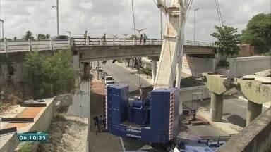 Trecho da avenida Raul Barbosa é liberado para acesso de veículos - Saiba mais em g1.com.br/ce