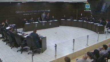 Vereadores aprovam aumento do lixo em primeira discussão - Projeto volta a ser votado na sessão desta terça-feira.