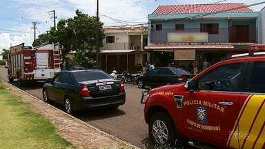 Idosa morre prensada por elevador em Maringá - O acidente foi em um sobrado, por volta de meio-dia desta segunda-feira (18).