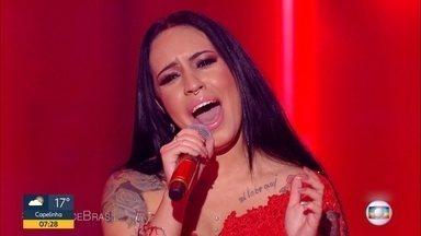 Mineira Samantha Ayara é a campeã da sexta temporada do 'The Voice Brasil' - Cantora disputou a final com Carol Biazin, Day e Vinicius D'Black.