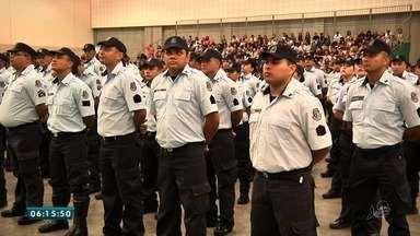 Mais de 1800 policiais e bombeiros militares forma promovidos pelo Governo do Ceará - Nos últimos três anos mais de 13 mil militares foram promovidos no estado.