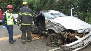 Em 15 horas, sete homens morrem em rodovias de SC - Em 15 horas, sete homens morrem em rodovias de SC