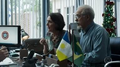 Isabel e Raul acusam Diego de sequestrar Melissa - O casal tira satisfações com Gustavo e Nádia, que fazem pouco caso, então eles decidem procurar a polícia