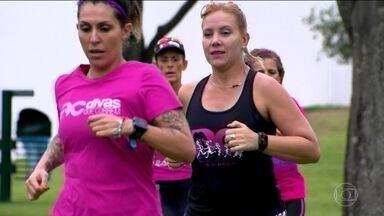 """Clube de corrida apenas para mulheres se espalha pelo Brasil e """"invade"""" a São Silvestre - """"Divas que correm"""" é o nome do grupo que começou em SP."""
