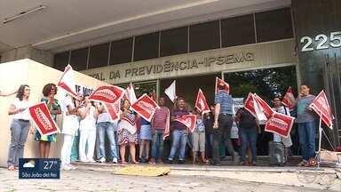 Servidores do Ipsemg fazem manifestação; greve da saúde continua em BH - Quem procura atendimento tem problemas