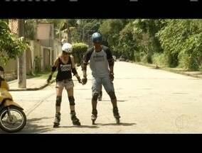 Grupo une diversão e saúde para patinar nas ruas de Ipatinga, no Vale do Aço - Esporte exercita vários músculos durante a prática.