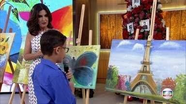 Hugo começou a pintar telas com apenas 5 aninhos - O menino tem 8 atualmente e já tem diversas telas a venda na oficina de seu pai