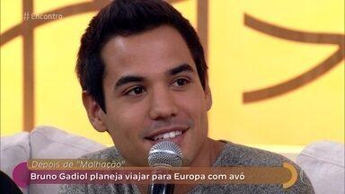 Bruno Gadiol planeja viagem para a Europa com a avó - Ator pretende passar um tempo com a avó durante as férias pós 'Malhação'
