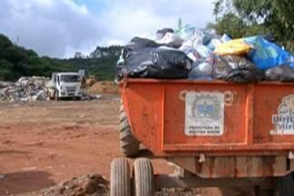 Coleta de lixo em Biritiba Mirim e Salesópolis é normalizada - Prefeitos e CETESB criam plano emergencial para mover lixo de área irregular.