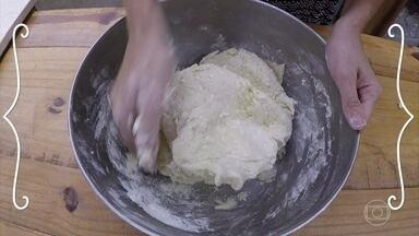 Pão de Batata recheado - Confira a receita