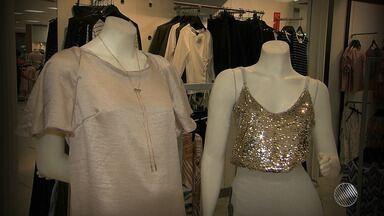 Especialista em moda dá dicas para montar looks para o Réveillon - A cor branca é sempre uma tradição para homens e mulheres, em todos os tipos de eventos de virada de ano.