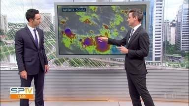 Previsão é de chuva para São Paulo nesta terça-feira (2) - Tem risco de temporal para todo o estado. A temperatura máxima prevista é de 30ºC na capital.