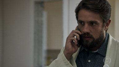 Renato diz para Clara colocar plano contra Samuel em prática - A moça convida Adinéia para jantar