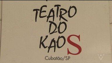 Teatro do Kaos não teve o contrato renovado e precisa de ajuda - Com quase 21 anos de atividade, o teatro de Cubatão precisa de ajuda para continuar com as oficinas e os cursos profissionalizantes.