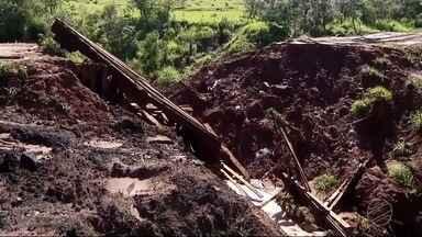 Municípios da região sul de MS têm diversos estragos por causa da chuva - Tacuru e Sete Quedas estão com famílias lindas, pontes, tubulações e estradas destruídas. Tudo por causa da força da chuva.
