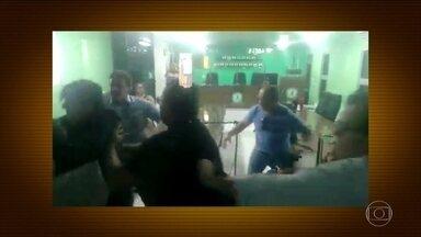 Audiência termina em pancadaria em Câmara de Vereadores na Paraíba - Briga aconteceu na Câmara Municipal de Bayeux, cidade marcada por escândalos políticos.