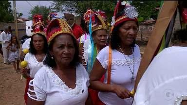Comunidade quilombola de Santa Maria da Boa Vista preserva tradição do Dia de Reis - Desde o século 18 o dia de Reisado, é celebrado com muita música e dança.