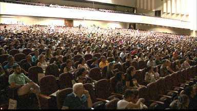 Congresso Espírita é realizado no Centro de Convenções em JP - Evento vai até amanhã e reúne participantes de todas as idades.