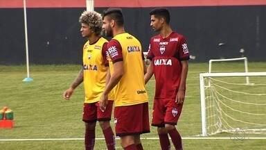 Jorginho se prepara para ser um dos líderes do Atlético-GO em 2018 - Meia comemora aniversário e treina para uma boa temporada