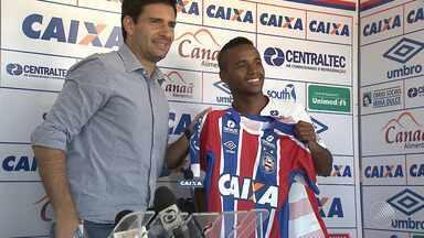 Bahia apresenta reforços e Régis volta ao Fazendão em contrato de três anos - Confira as notícias do tricolor baiano.