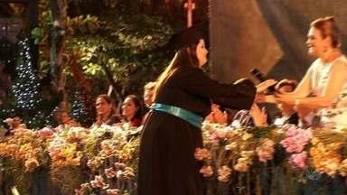 Universidade de Fortaleza (Unifor) realiza cerimônia de colação de grau para 1.700 alunos - Novos formandos colaram grau na noite desta sexta-feira.